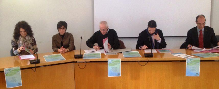 """Il piano didattico presentato stamani a Borgo a Mozzano: in programma c'è un """"gemellaggio"""" tra i diversi territori del comprensorio"""