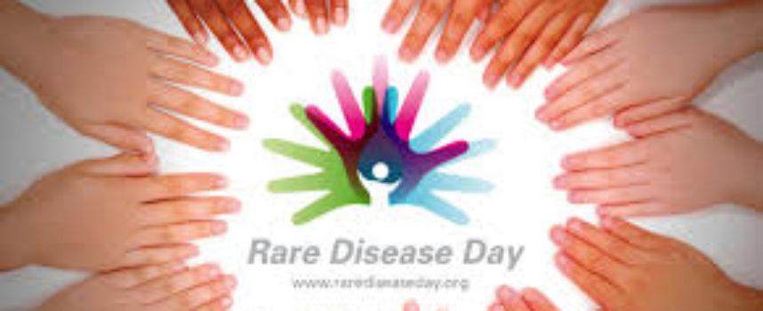 """28 Febbraio Giornata Mondiale delle Malattie Rare 2015  Vivere con una malattia rara """"teniamoci per mano"""""""