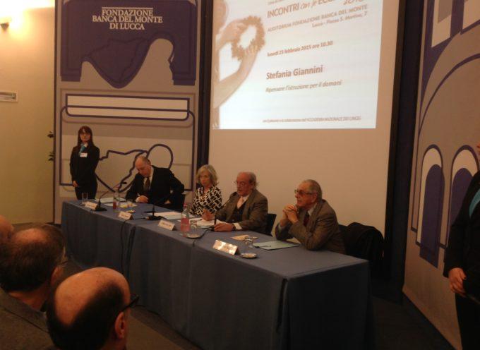 La Ministra lucchese alla Pubblica Istruzione, Stefania Giannini, in visita alla sua città