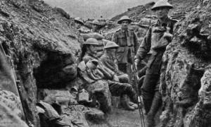 Prima-guerra-mondiale-una-trincea-sul-fronte-occidentale-nel-luglio-1918-620x372