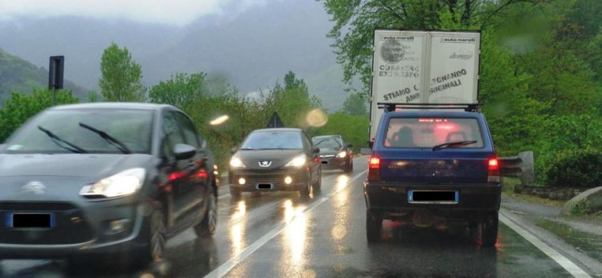 Disagi e danni alle aziende per la chiusura della strada: perchè?