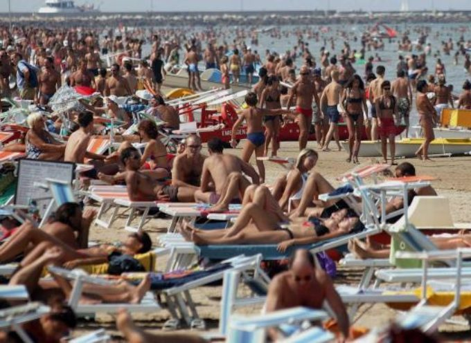 Santi Guerrieri: Il divieto di balneazione ad inizio stagione rischia di mettere in ginocchio la Versilia. Comune, Gaia, Consorzio Bonifica e Regione rispondano subito