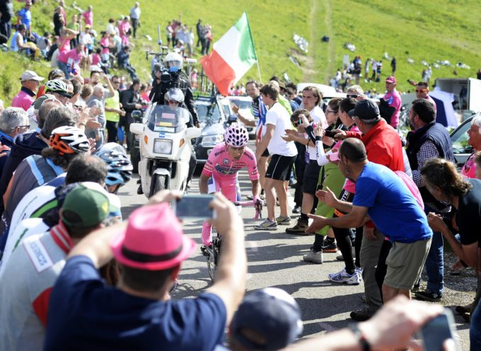 Ancora rosa la verde Garfagnana con il Giro d'Italia 2015
