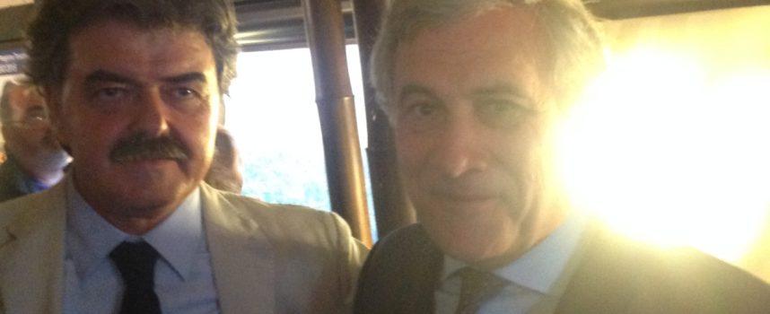 Molta gente alla cena di Marchetti, con Tajani. La Bergamini trattenuta a Roma