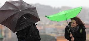 Roma vento e pioggia sulla capitale