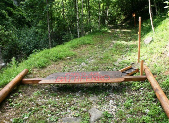 Attaccati i Parchi di Vergemoli: danni alle strutture e scritte davanti agli ingressi