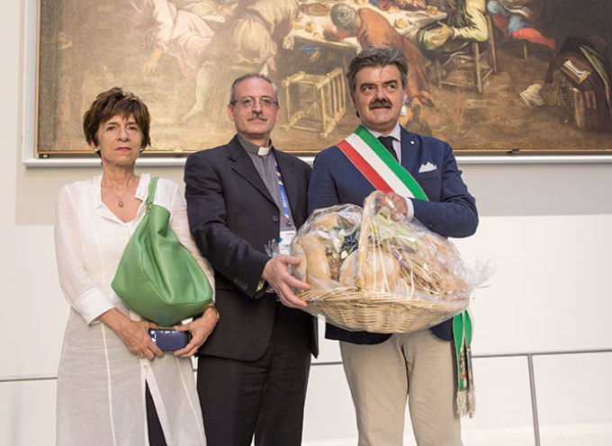 """Le """"Città del pane"""" offrono il pane alle Caritas italiane"""