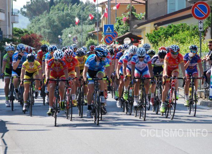 Tiziano Guglielmi fa breccia a Pozzi nel 74° Circuito Ciclistico Versiliese