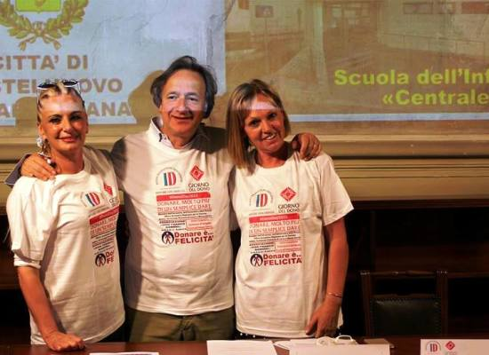 """La Scuola dell'Infanzia """"Centrale"""" dell'Istituto Comprensivo di Castelnuovo di Garfagnana scelta per registrare un video"""