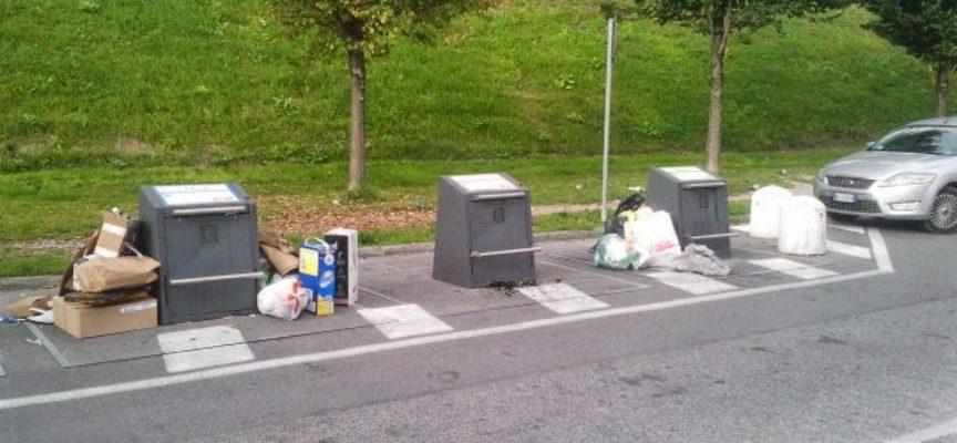 """Abbandonano i rifiuti al di fuori dell'isola a scomparsa: """"pizzicati"""" 4 trasgressori"""