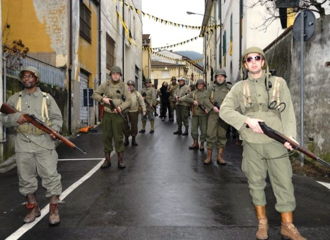 Raduno di mezzi d'epoca militari a Fabbriche di Vallico