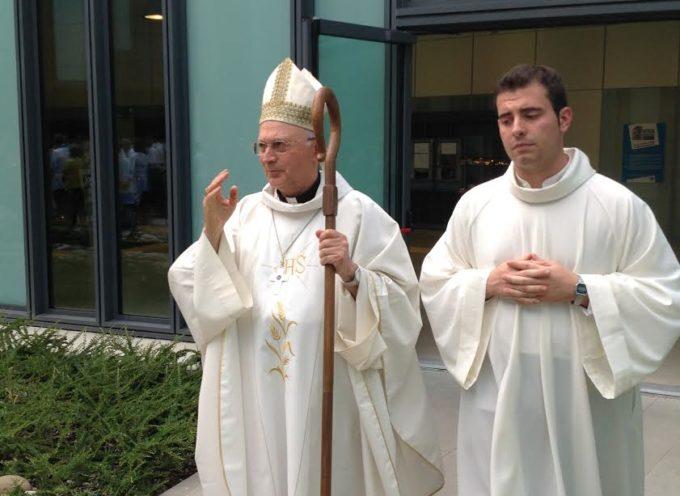 """Il Vescovo celebra la Messa in mezzo ai malati, ai medici e gli infermieri del """"San Luca"""""""