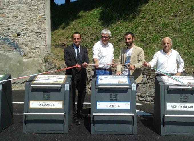 Isole ecologiche a scomparsa: inaugurata la stazione in Piazza Varanini