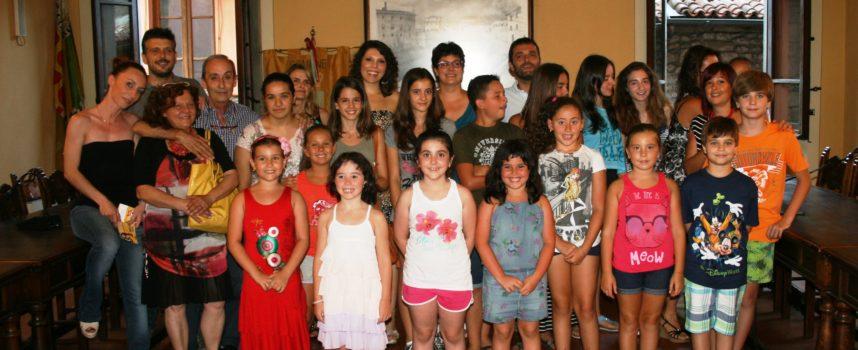 A Gallicano il Palio sale in cattedra, in attesa della Finale i bambini sfilano con le loro creazioni