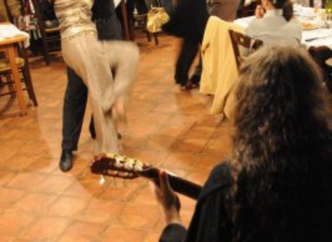 I giovedì in… Cattiva Compagnia: spettacoli e concerti  giovedì 23 luglio danze sensuali con il Tango e la Pole Dance