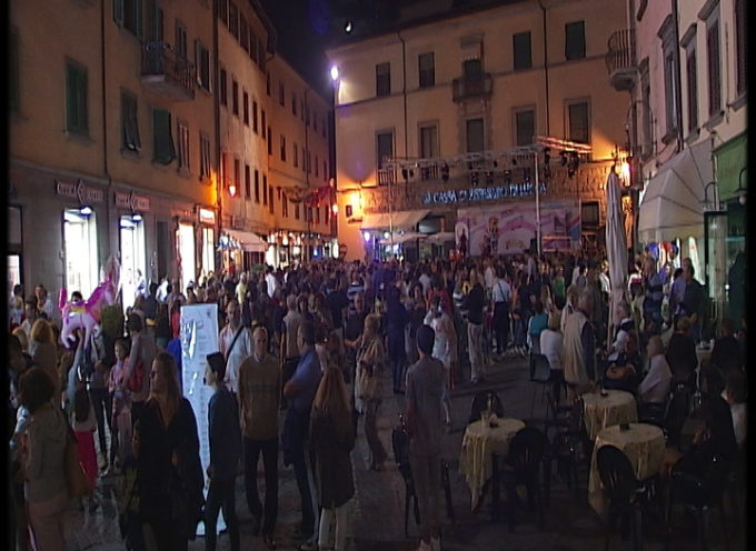 """Questa sera a Castelnuovo si presenta la """"Settimana del Commercio """" ediz. 2016"""