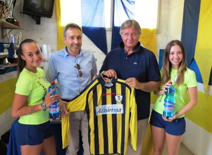 Rinnovato l'accordo tra Castelnuovo e Fonte Azzurrina: sarà sponsor ufficiale dei gialloblu per altri due anni