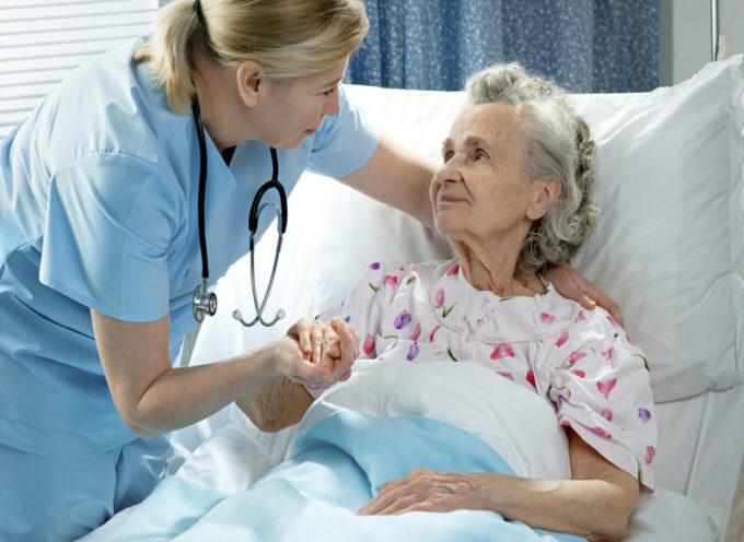 «Crisi Rsa, dopo la Lombardia anche la Toscana a rischio tracollo per la costante fuga degli infermieri verso le Asl.
