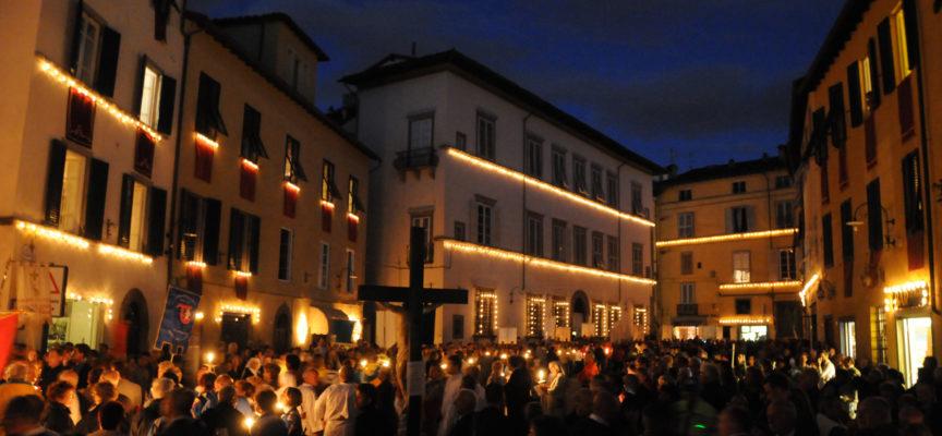 La città celebra la Santa Croce
