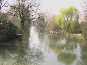 10 ott Le_Clain_au_Pont_Saint-Cyprien_à_Poitiers