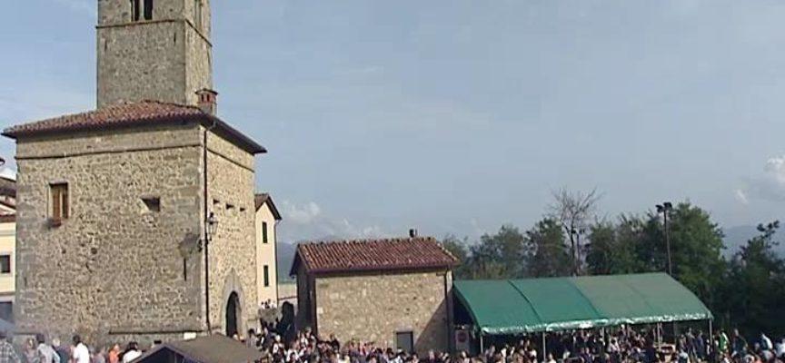 Domenica a Cascio si festeggia La Castagna