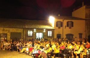 Il pubblico a piazza San Martino