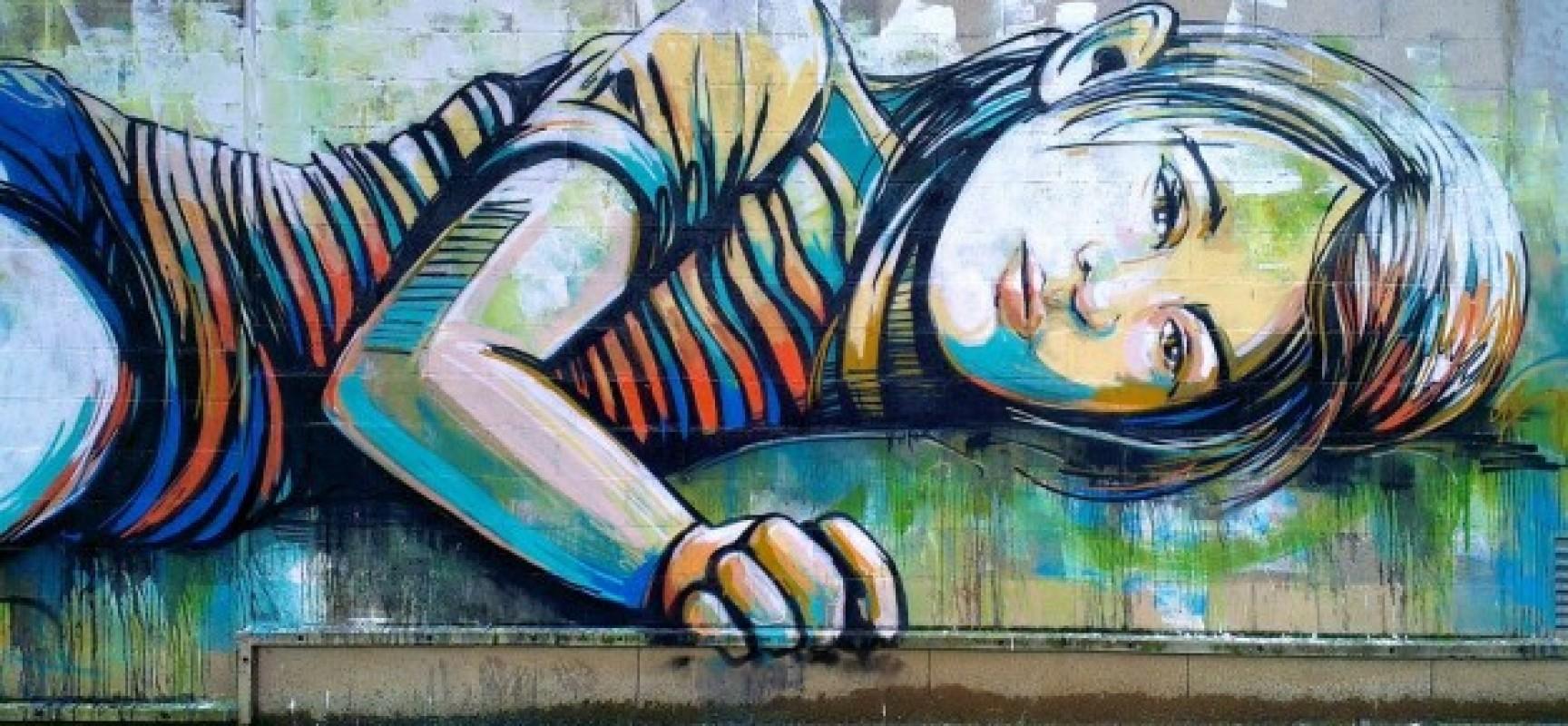Murales contro la violenza sulle donne verde azzurro for Immagini di murales e graffiti
