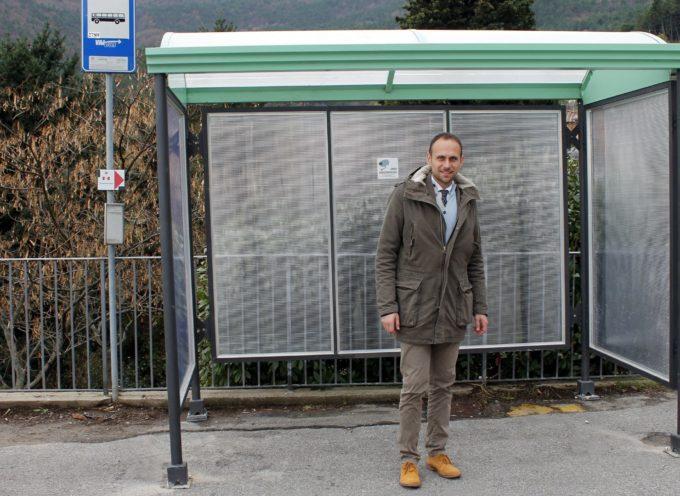 Installata una nuova pensilina del bus a Ruota
