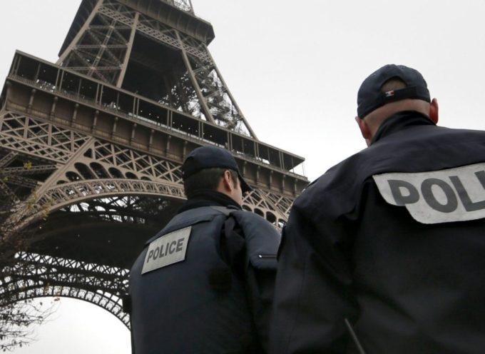 Parigi sotto attacco. No, tutto l'Occidente è sotto attacco. (Riflessione di un lettore)