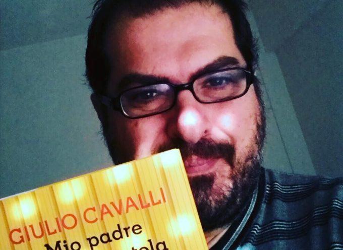 """Giulio Cavalli presenta """"Mio padre in una scatola da scarpe"""" martedì 15 dicembre ore 18 a Palazzo Bernardini, Sala Puccini."""