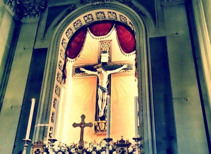 Grande partecipazione a Montecarlo per il ritorno del restaurato Crocifisso Ligneo del settecento