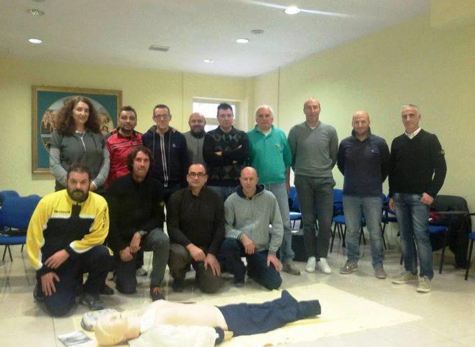 Undici allenatori e dirigenti dell'U.S. Castelnuovo hanno superato il corso per il BLSD