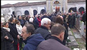 funerale guelfo marcucci.avi.Immagine002