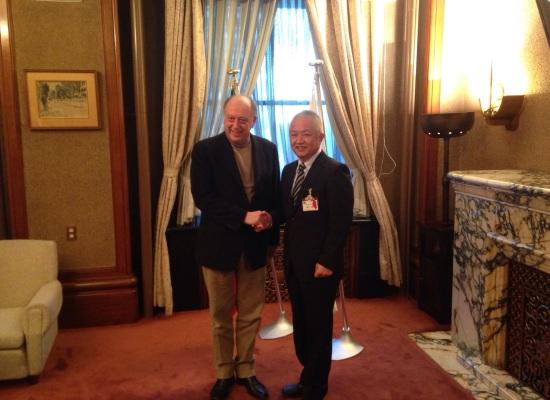 Il sindaco Tambellini incontra Seiji Suzuki, direttore del dipartimento di Cultura e Turismo della città di Nagoya