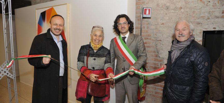"""ino al 10 gennaio, a Palazzo Guinigi, una mostra sui diritti umani: apre al pubblico """"DEATH. Stati di libero arbitrio"""""""