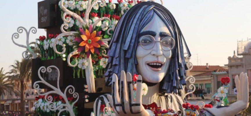 Viareggio, la musica, il Carnevale e la gioia di vivere al di là del Quiesa: arriva Canzonassima di Carnevale