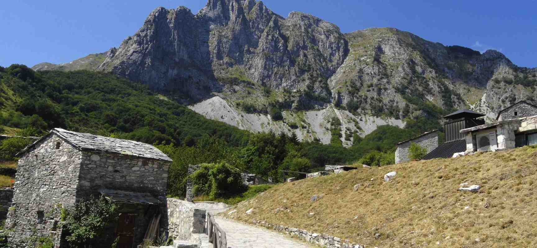 Wild trek! 3 Selvaggi giorni in Apuane, SI DORME  IN BIVACCO
