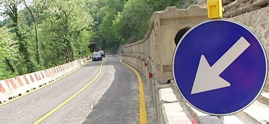 LA PROVINCIA CONVOCA LA DITTA  PER MIGLIORARE LA GESTIONE DEL TRANSITO  IN PROSSIMITA' DEL CANTIERE  SR 445