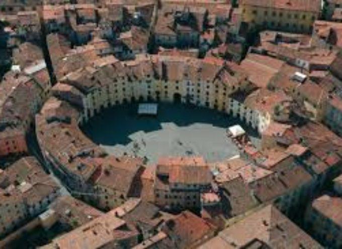 Lucca una Capitale: Il Centro-storico. Scheda n. 2 – prima parte. Impeccabile, Raggiungibile, Godibile.