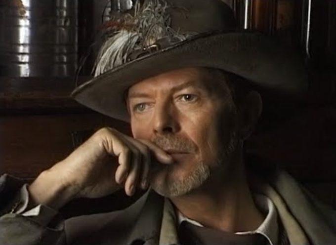 Morto David Bowie, un mito della musica, aveva abitato in Garfagnana durante le riprese del film – Il mio west . . .  #heroes