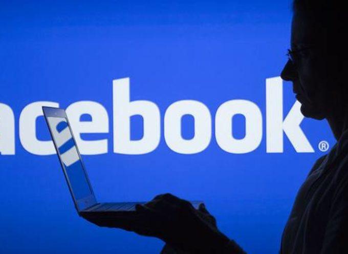 """Sfida delle mamme su Facebook, polizia e politica unanimi:""""State attenti. Il 50% delle foto finisce in  mano ai pedofili"""""""