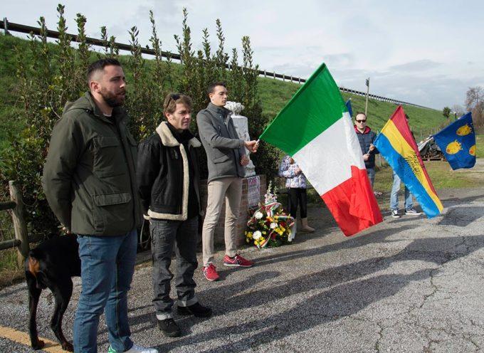 CasaPound Italia Lucca e Associazione Culqualber commemorano i martiri delle foibe a Tonfano.