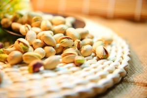 pistachio-1098173_1920 (1)