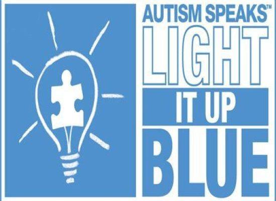 Le Mura si illuminano di blu per l'autismo, A LUCCA