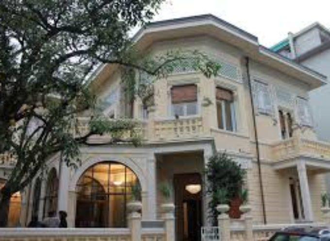 il mercoledi' letterario a villa argentina