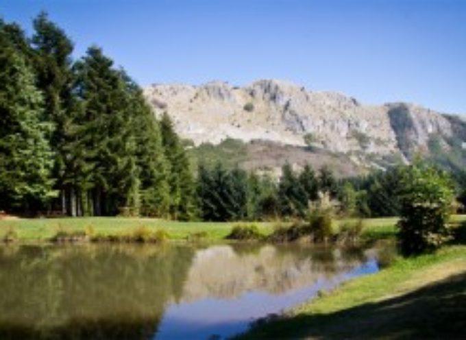 Da venerdì 18 a lunedì 28 marzo al Rifugio Isera del Parco dell'Orecchiella (Villa Collemandina) festa del camminare