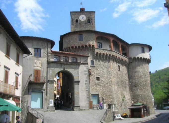 Castelnuovo di Garfagnana, ripartono i lavori alla Rocca Ariostesca: entro l'estate sarà completato il recupero del tetto