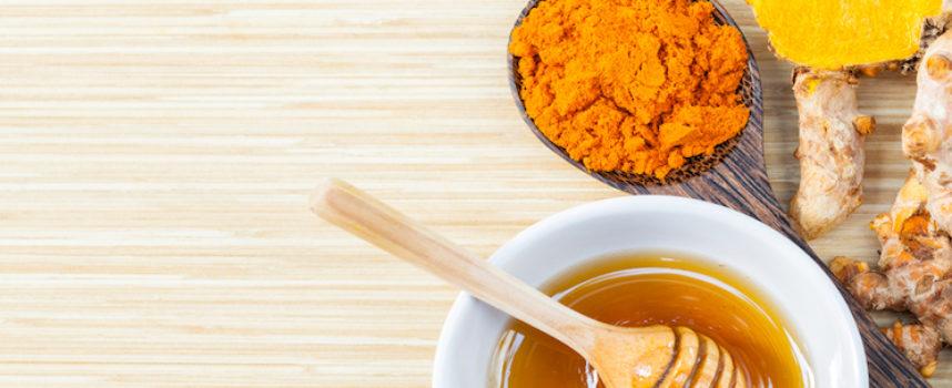 Ecco la Ricetta Indiana del Tè allo Zenzero (considerato uno degli alimenti più potenti del XXI secolo)