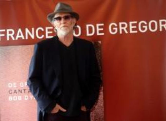 Francesco De Gregori canta Bob Dylan al teatro Alfieri di Castelnuovo di Garfagnana