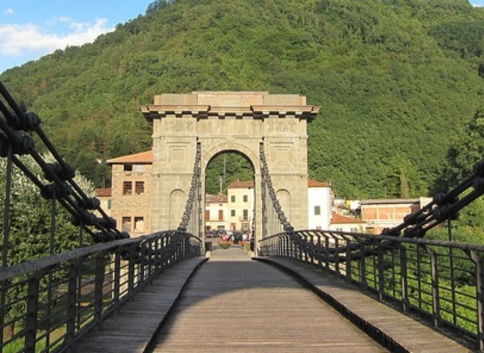 Mercatino dell'artigianato, Bagni di Lucca